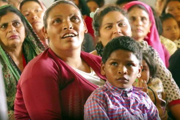 Gläubige in Nepal