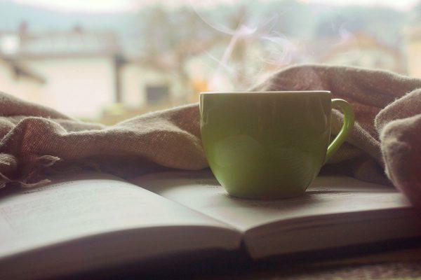 Die Bibel / Gottes Wort und eine Tasse Kaffee
