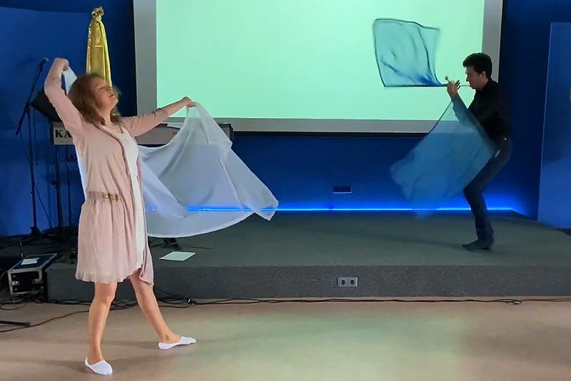 Prophetischer Tanz Flaggentanz, LivingHope
